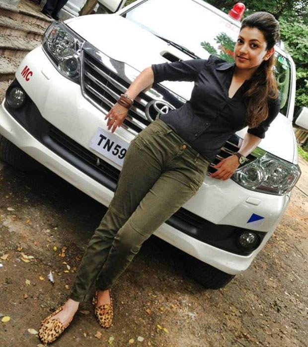 22-kajal-rare-pic-from-movie-sets